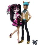 click to buy the Monster High Draculaura Clawd Wolf Doll set here